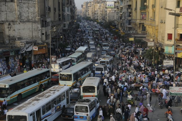 Cairo_Has_No_Traffic_Lights_by_AndySerrano-1